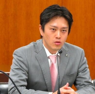 知事 年齢 吉村 吉村洋文知事の年齢や経歴や学歴は?結婚して妻や子供はいるの?